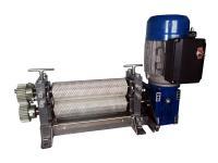 Вальцы гравированные машинные с электроприводом для изготовления вощины фото 1