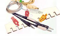 Фото набора монтажных устройств и инструментов