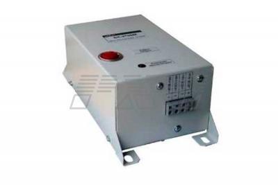 Фото блока конденсаторов БК-4700М